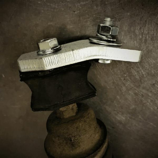 Versatz Stoßdämpfer V50 PV 2